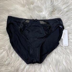 NWT black elomi panties size L